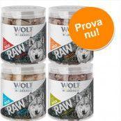 Blandpack: Wolf of Wilderness - RAW (frystorkad) Snack-Mix Blandpack 4 sorter: kycklinghjärta, nötlever, lammlunga, ankhals 300 g